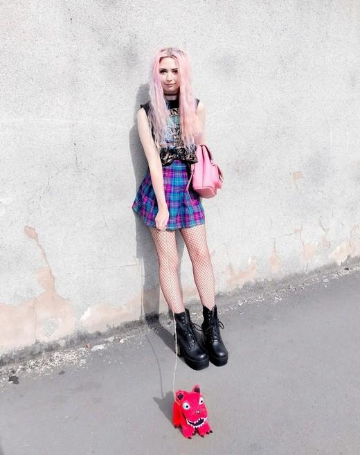 Kayla Hadlington Blog